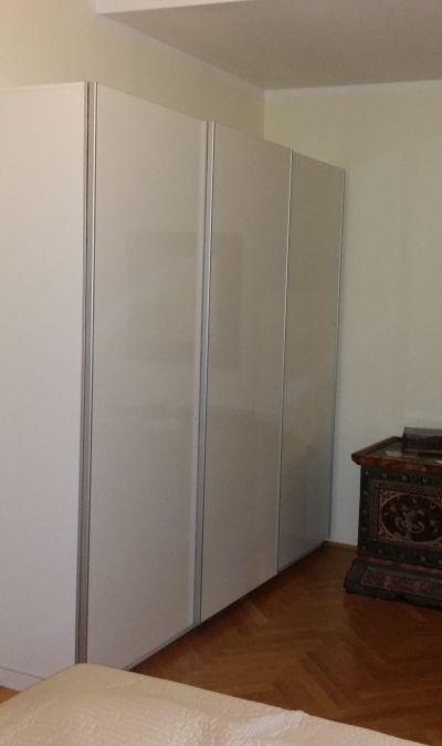 m bel nach ma schwebet renschrank m nchen. Black Bedroom Furniture Sets. Home Design Ideas