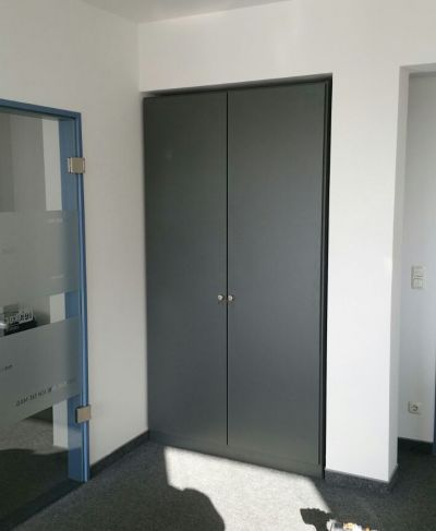 m bel nach ma b roschrank berlin. Black Bedroom Furniture Sets. Home Design Ideas