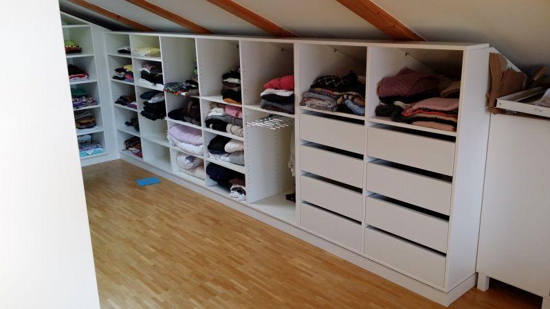 begehbarer kleiderschrank dachschr ge hinten. Black Bedroom Furniture Sets. Home Design Ideas