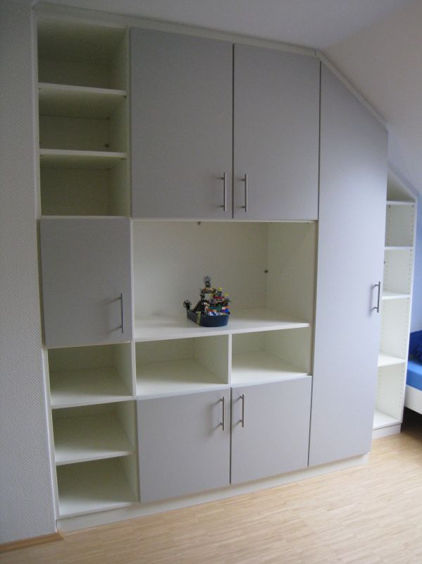 Möbel nach Maß - Einbauschränke und Schiebetür Heilbronn